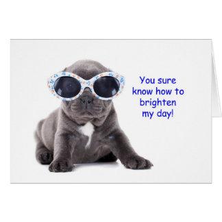 El perrito que piensa en usted carda tarjeta de felicitación