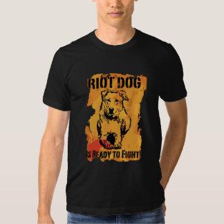 el perro del alboroto está listo para luchar remeras