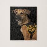 El perro del rescate de Brown con me adopta chalec Puzzles