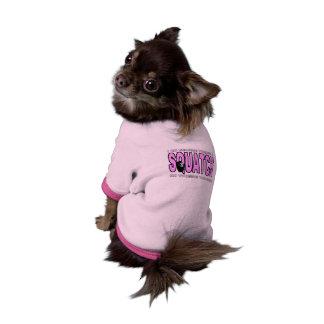 El perro femenino cree que hay un Squatch Camisetas De Perrito
