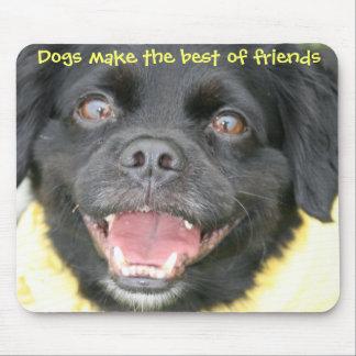 El perro hace los mejores amigos el cojín de ratón tapetes de ratón