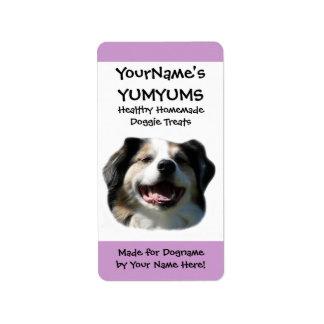 El perro hecho en casa trata la etiqueta etiquetas de dirección