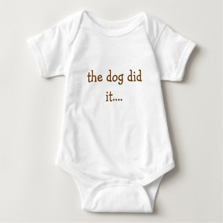 el perro lo hizo…. mameluco de bebé