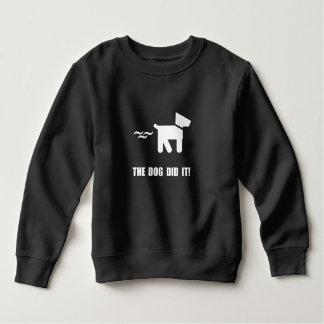 El perro lo hizo remera