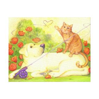El perro y el gato de la pesca/envolvieron la lona impresión en lienzo