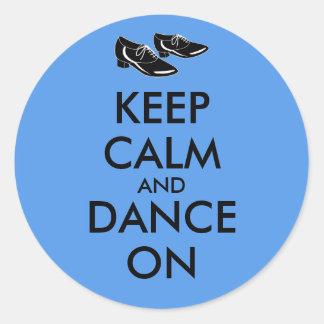 El personalizable de los zapatos del baile guarda pegatina redonda