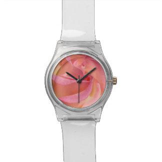 El personalizado color de rosa rosado de la flor m relojes de pulsera
