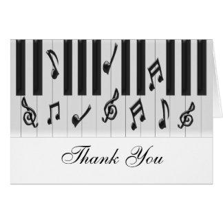 El personalizado del teclado de piano le agradece tarjeta de felicitación