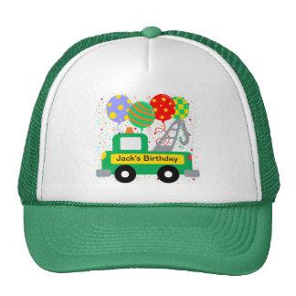 El personalizado embroma cumpleaños del camión gorras