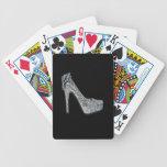 El personalizar de plata de los tacones altos añad cartas de juego