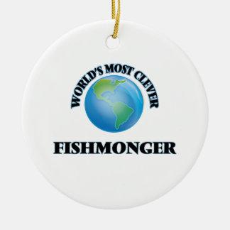 El pescadero más listo del mundo adorno redondo de cerámica