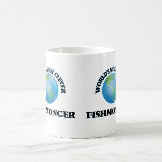 El pescadero más listo del mundo tazas de café