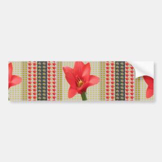 El pétalo rojo exótico del tulipán basó los pegatina para auto