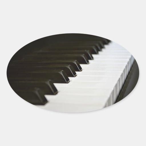 El piano cierra a los pegatinas (ovales)