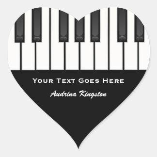 El piano cierra a los pegatinas pegatina en forma de corazón