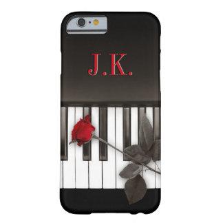 El piano cierra el caso del iPhone 6 del monograma Funda De iPhone 6 Barely There