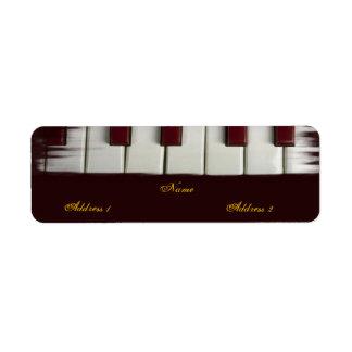 El piano cierra la etiqueta de Avery Etiqueta De Remitente