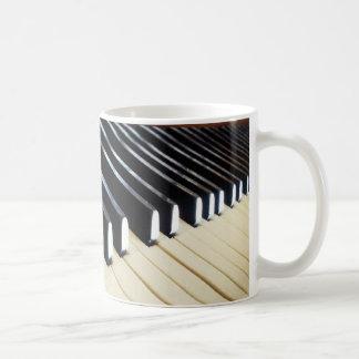 El piano cierra los regalos de la música tazas de café