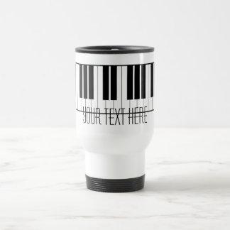 El piano conocido de encargo cierra al estudiante taza de viaje