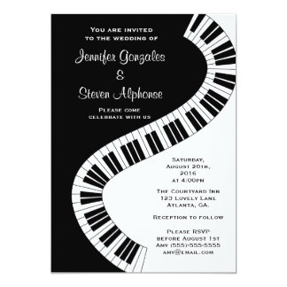 """El piano curvado ondulado cierra el boda invitación 5"""" x 7"""""""