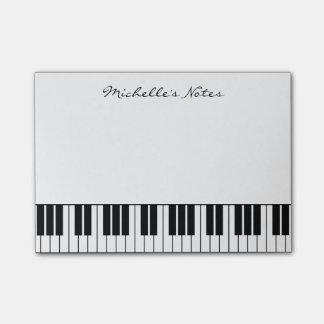 El piano de cola cierra las notas de post-it para post-it® notas