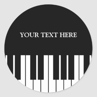 El piano de encargo cierra alrededor de los pegatina redonda
