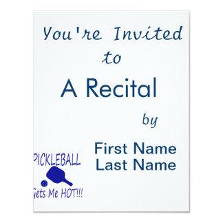 """el pickleball me consigue el azul caliente invitación 4.25"""" x 5.5"""""""