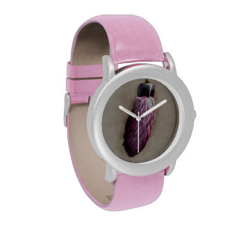 El pie de conejo afortunado rosado reloj