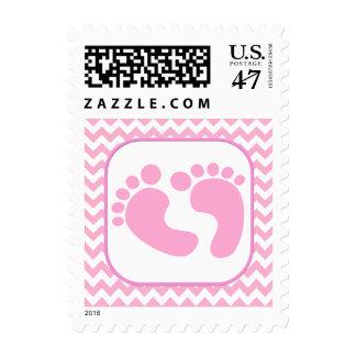 El pie rosado elegante imprime el sello de la