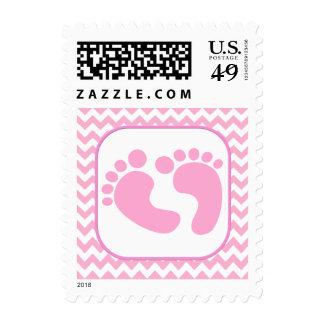 El pie rosado elegante imprime el sello de la fies