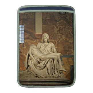 El Pieta de Miguel Ángel en la basílica de San Fundas Macbook Air
