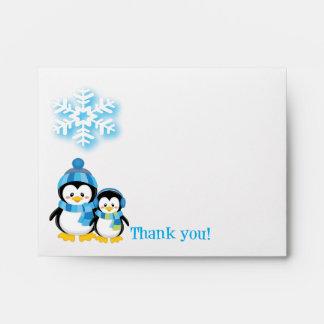 El pingüino azul le agradece cardar el sobre