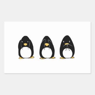 El pingüino lindo ve que hablar no oiga ningún mal pegatina rectangular