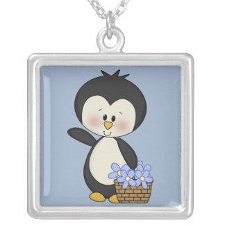 El pingüino sonríe collar de los ramos de la prima
