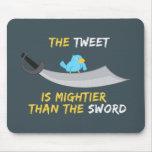 El pío es más poderoso que la espada alfombrilla de ratón