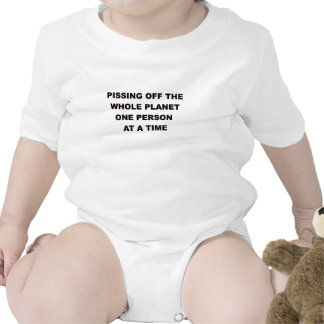 El PISSING del PLANET.png ENTERO Camiseta