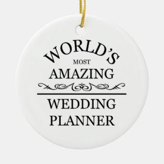 El planificador más asombroso del boda del mundo adorno navideño redondo de cerámica