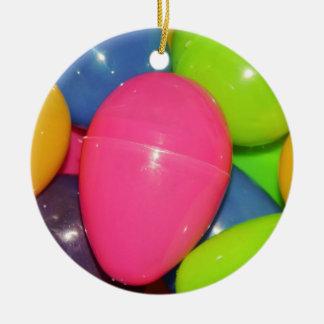 El plástico Eggs el ornamento Adorno Navideño Redondo De Cerámica