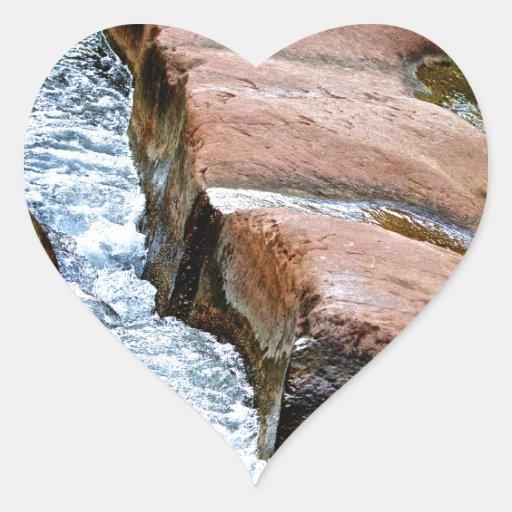 El poder del agua pegatina en forma de corazón