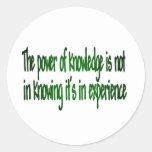 El poder del conocimiento pegatina redonda