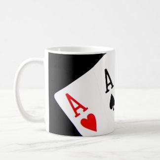 El póker Aces la taza