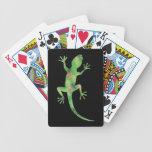 El póker del lagarto carda tarjetas de la noche de baraja