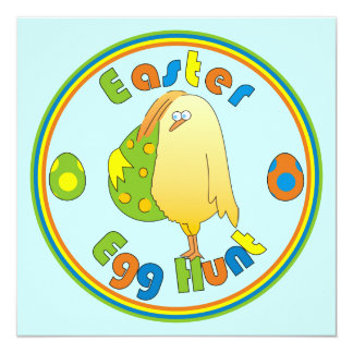 """El pollo de la caza del huevo de Pascua con el Invitación 5.25"""" X 5.25"""""""