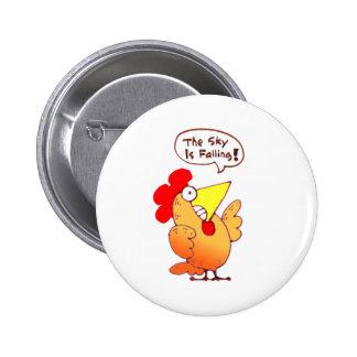 El pollo del dibujo animado poco dice que está cay pin redondo de 2 pulgadas