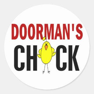 El polluelo 1 del Doorman Etiquetas Redondas
