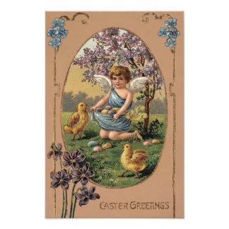 El polluelo de Pascua coloreó el cerezo pintado de Fotografías