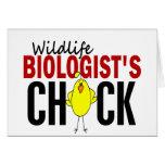 El polluelo del biólogo de la fauna tarjetón