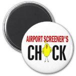 El polluelo del cribador del aeropuerto imán de nevera