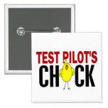 El polluelo del piloto de prueba pins