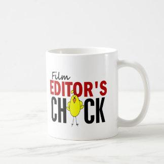 El polluelo del redactor de la película taza básica blanca